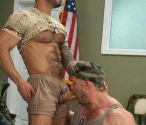 Machões do Exército | Alexsander Freitas fucks Craig Reynolds