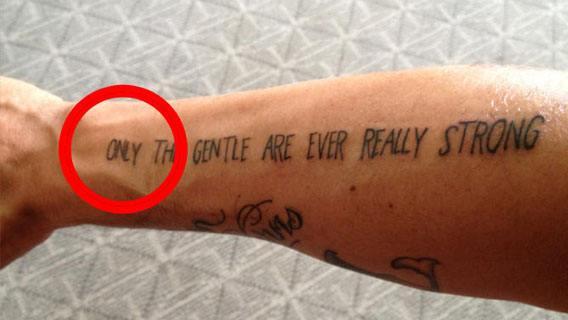 tatto Glee Cheyenne Jackson