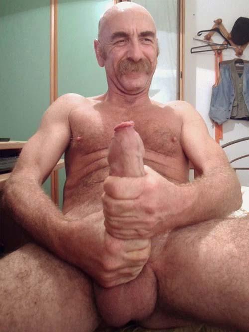 velho careca pau grande peludo
