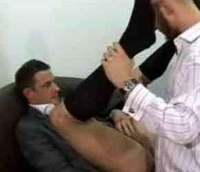 Reunião de caralhos com executivos gays - Homens de Terno