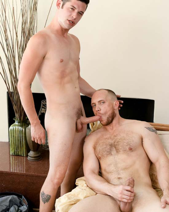 John Magnum e Chase Young pai chupa pau do filho sexo gay