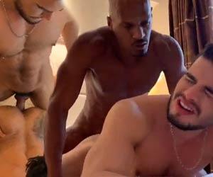 Rico Marlon apimenta sexo do casal e acaba dando