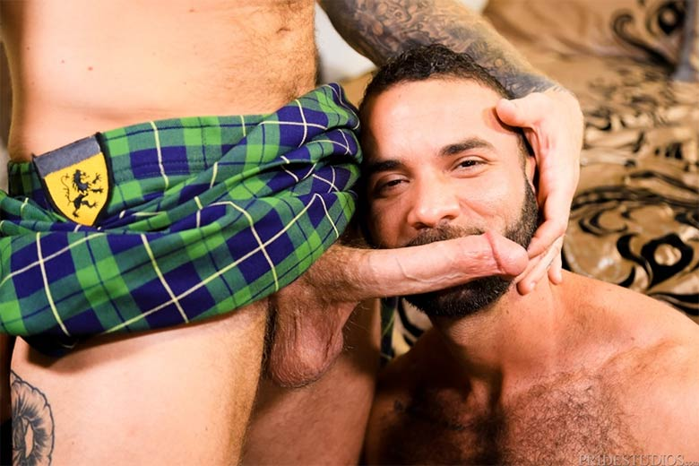homens de kilt sexo gay pau duro