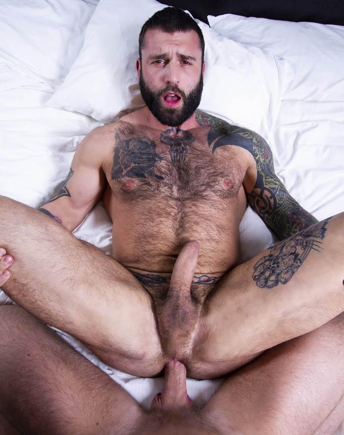 porno gay Markus Kage anal bare Alex Mecum