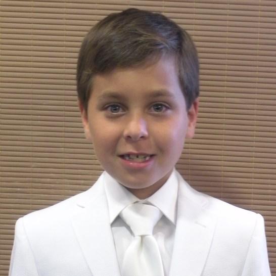 Lucas R.