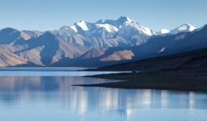 Himalayan-lake-Moriri-Tso-Ladakh-Jammu-and-Kashmir-India