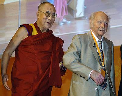 Dalai Lama y Heinrich Harrier en 2006
