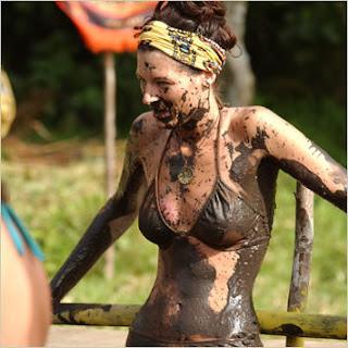 Leann Slaby hot survivor Vanuatu