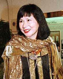 essay mother tongue by amy tan saiigain blog hello folks essay mother tongue by amy tan