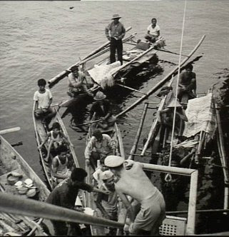 tawi-tawi Wanganella Philippines People Filipino Pinoy Pilipinas Old Black White Pictures, ship pearl trader boat Royal Australian Navy cruiser Hobart Second World War, 1939-1945 soldiers noon