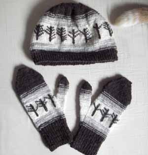 Viking Tree Rune hat