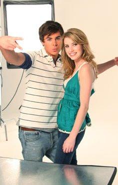 Zac Efron y Emma Roberts juntos...