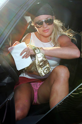 britney spears out of car graphics and ments