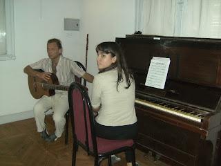 Duo de musicos.