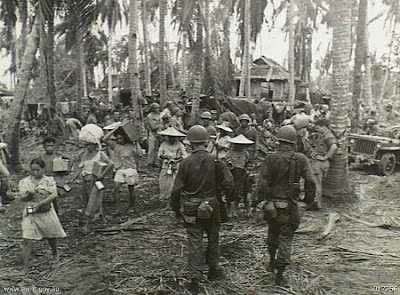 Philippines People Filipino Pinoy Pilipinas Old Black White Pictures evacuation leyte world war II WWII soldiers noon