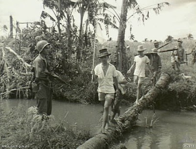 Philippines People Filipino Pinoy Pilipinas Old Black White Pictures leyte world war II wwii river crossing soldiers leyte