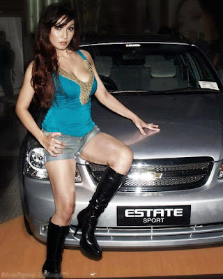 Baby Margaretha - car exhibition hot girl