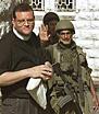 [Canon_Andrew_white+&+israeli_soldier_banner.jpg]