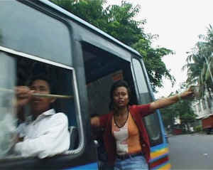 Bus Kota small - Bus 'Kota' for Girl