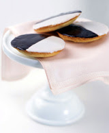 BLACK & WHITE COOKIES 1