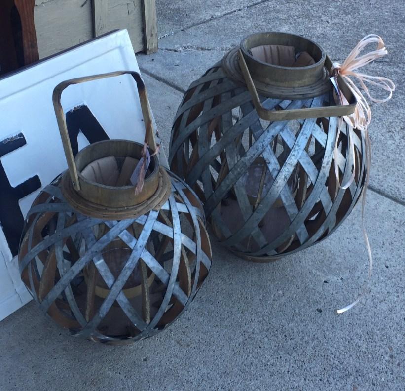 perfect-setting-lanterns