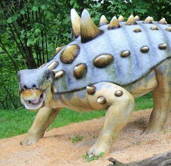 Dinopark Kołacinek wycieczka szkolna