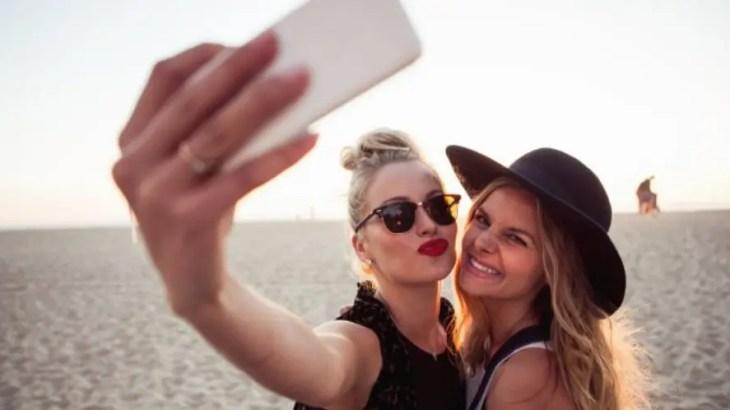 残酷なSNS雑学!!!77%は「友達の休日の写真ムカつく」