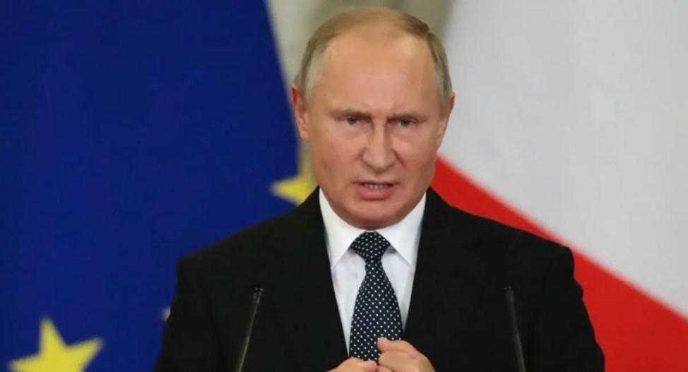 悪魔プーチンに立ち向かう自称霊能者