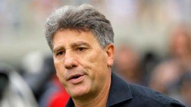 Desempregado, Renato Gaúcho elogia base do Santos e expõe chance de treinar o clube | Bolavip Brasil