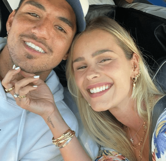 Gabriel Medina and Yasmin Brunet re-wrote comment by Leticia Bufoni (Photo: Instagram)