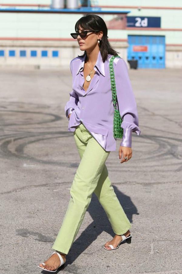 María Bernard - camisa-verde-calca-lilas - cor - verão - street-style