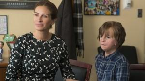 Hot Screen Hoje (21/12) exibe Extraordinário, filme de Julia Roberts com participação de Sonia Braga – Cinema News