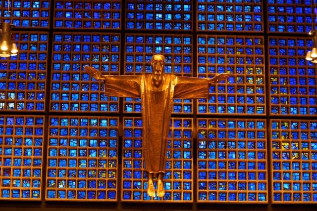 예배당을 안에서 보면 이런 모양이다. 실제로 보면 더 아름다움