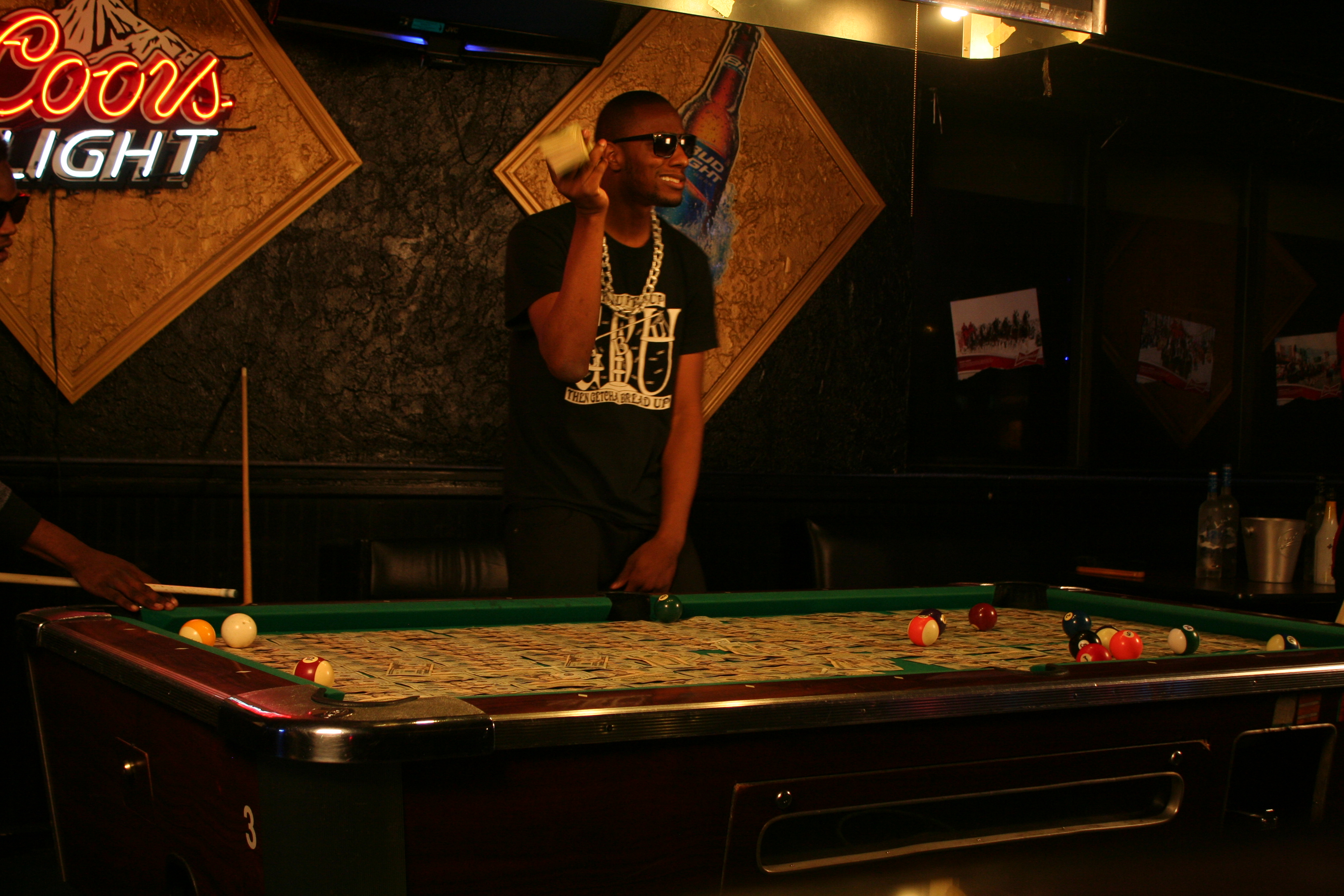 Braddy - ATTENTIONS - Pool Table (Standing Up Angle) (3)