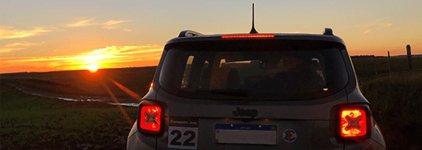 Tramonto é espírito Jeep em qualquer lugar