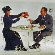 walt-disney-with-mary-poppins
