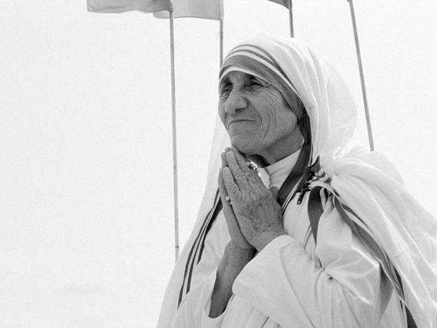 A Virgo born August 26, 1910 Mother Teresa embodied the most evolved sense of being of service to others.