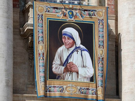 The focal piece of her canonization Mass is a tapestry of Mother Teresa displayed in St. Peter's Basilica.