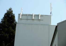 cell-towers_4-30-06