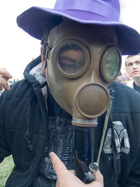 gas-mask_4-20-08