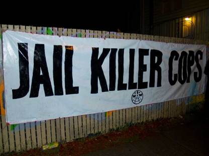 jail-killer-cops_10-23-10