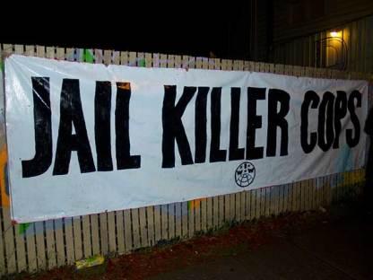 jail-killer-cops_10-23-10