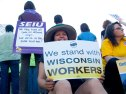 stand-wisconsin-workers_4-4-11