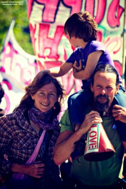 support-santa-cruz-eleven_18_5-4-12