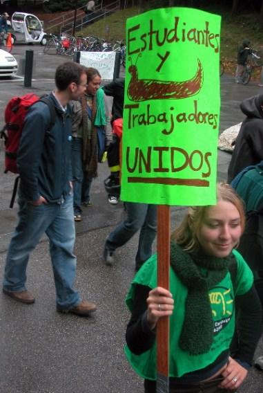 estudiantes-y-trabajadores_11-10-04