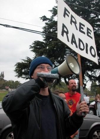 freeradio_9-29-04