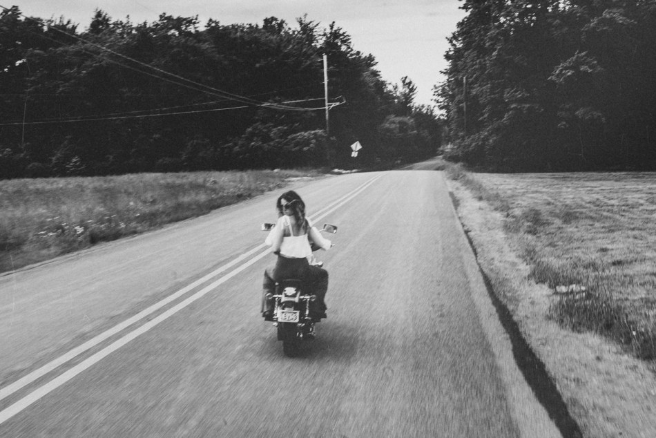 Motorcycle-engagement-photos12