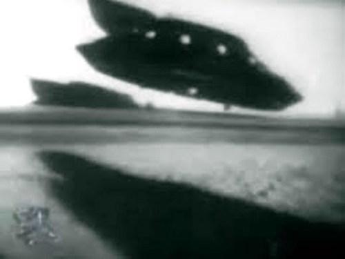 Легендарен астронавт разкрива най-голямата лъжа на НАСА на смъртното си легло! (Снимки)