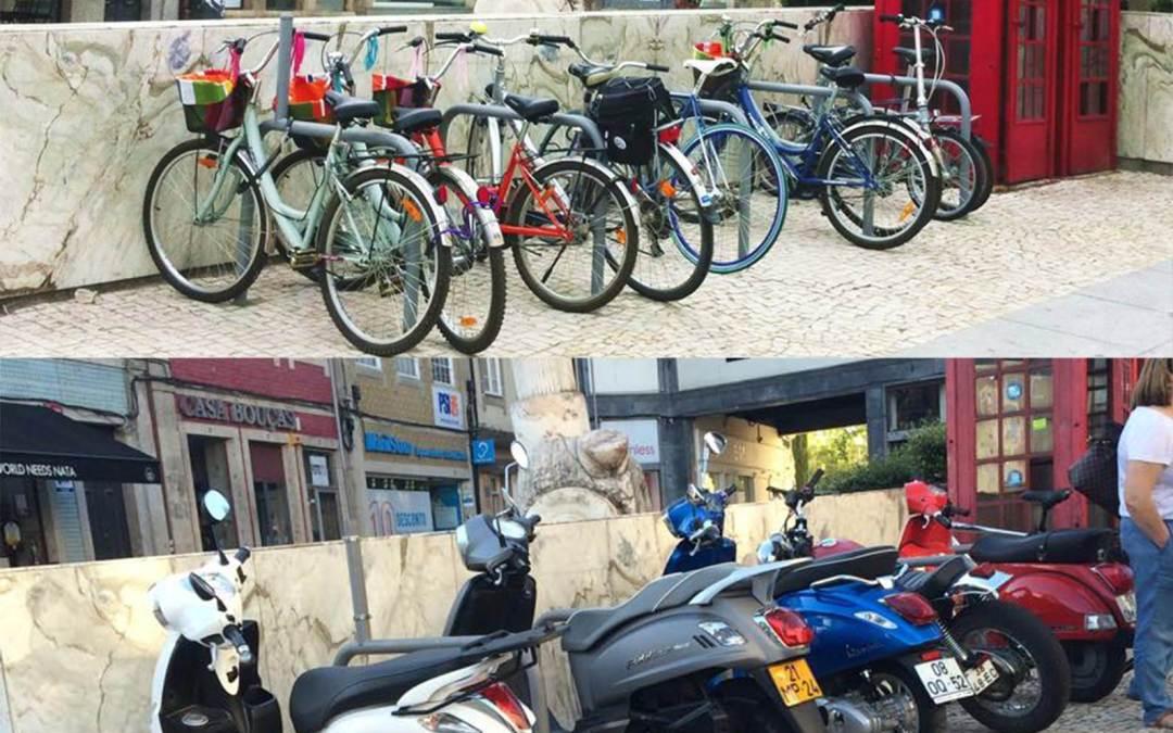 Estacionamentos para bicicletas – esqueceram-se dos sinais