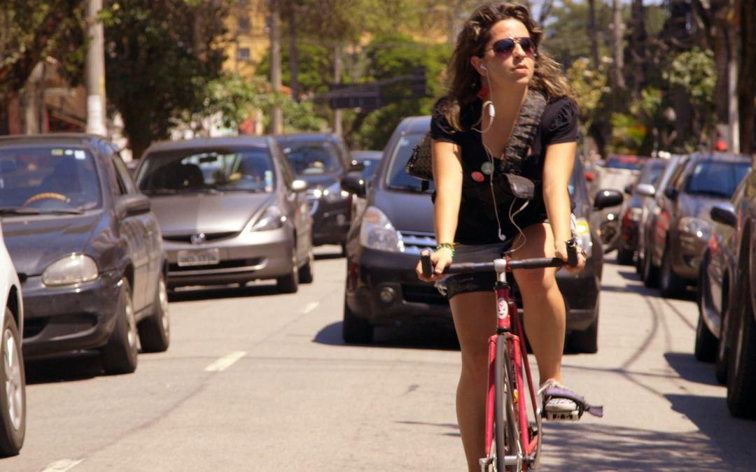 Bikes vs Cars – Exibição de documentário e palestra sobre mobilidade
